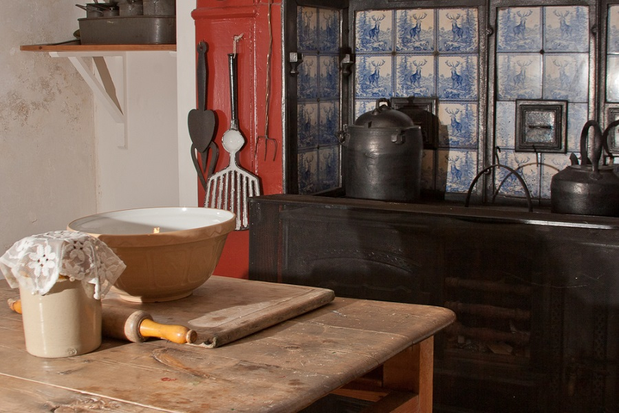 Victorian kitchenrange